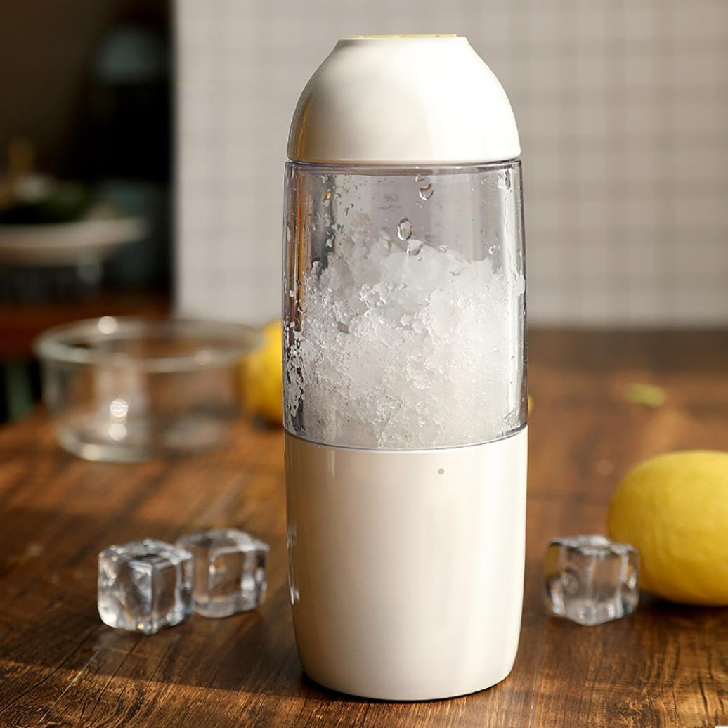 USB Rechargeable Travel Juicer, Cocal Portable Blender USB rechargeable Personal Blender for single served Small Blend (White)