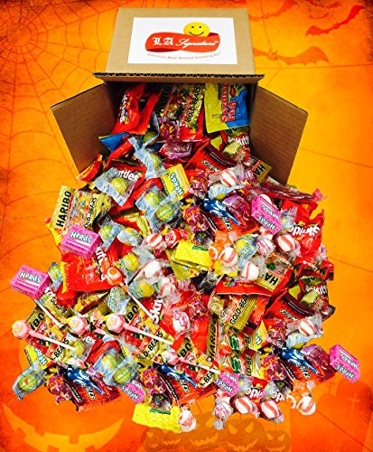Assorted Classic Candy - Huge PARTY MIX Bulk bag! net weight 100 oz / 6.25 LB (Party Mix, 6.25lbs) Includes Skittles, Starbursts, Jolly Rancher, Lemonhead, Twizzlers,and (Halloween Bulk Candy)
