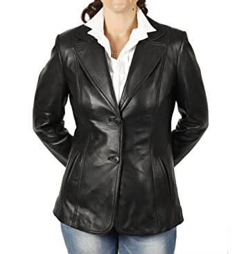 a8e67ce1a655c3 Simons Leather Women's Hip Length Shaped Leather Blazer at Amazon ...
