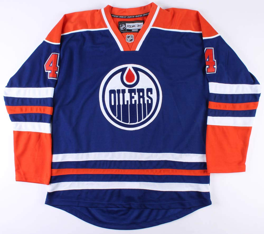 new arrival acd18 05ee9 Taylor Hall Signed Oilers Jersey (JSA COA), Jerseys - Amazon ...