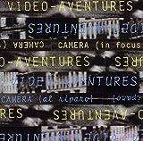Camera (In Focus) Camera (Al Riparo)