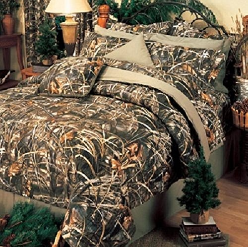 Realtree MAX-4 Camouflage 9 Pc King Size Comforter Set - Includes: (1 King Comforter, 1 Flat Sheet, 1 Fitted Sheet, 2 Pillow Cases, 2 Shams, 1 Bedskirt, 1 Decorative Accent Pillow)