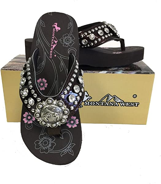 a288f4f5d0c78e Montana West Women Flip Flops Wedged Shiny Sandals Crossed Pistols Concho  Coffee