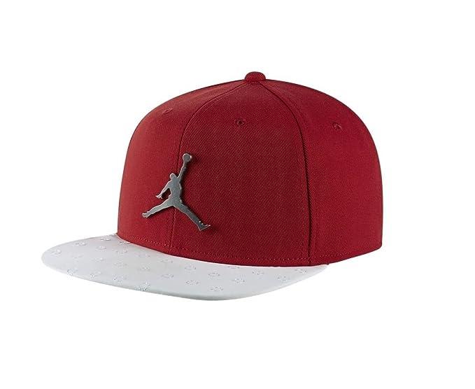 973707b8e7e NIKE Mens Jordan Retro 13 Snapback Hat at Amazon Men s Clothing store