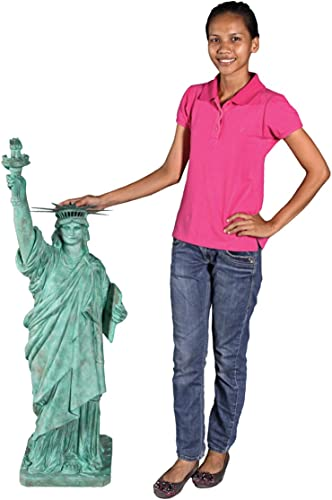 Design Toscano Liberty Enlightening The World Grand Scale Statue