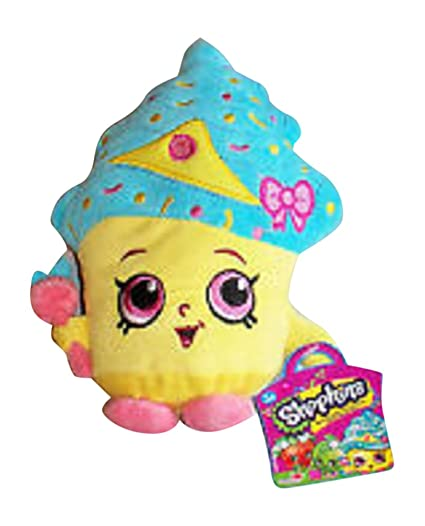 amazon com shopkins 7 5 inch tall cupcake queen limited edition