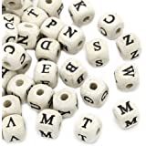 HOUSWEETY 200 Perles en Bois Nature Carre Alphabet Lettres A-Z 10x10mm