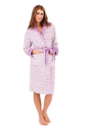 Ladies Long Luxury Coral Fleece Dressing Gowns: Amazon.co.uk: Clothing