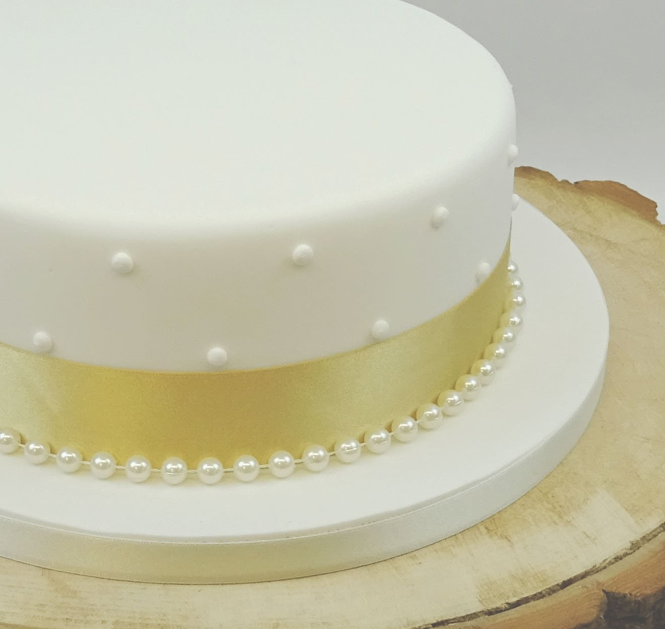SATIN RIBBON 35mm & 8mm PEARLS CAKE DECORATION WEDDING CAKE TOPPER ...