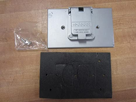 """Red Dot  CCS Dry-tite Cover for Single hole Receptacle 1.485/"""" diameter"""
