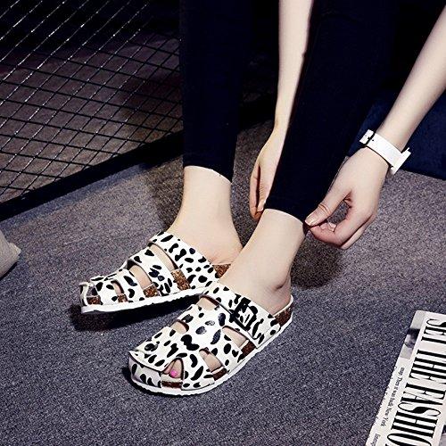ZHANGRONG-- Zapatos Calados Baotou Femeninos De Verano De Gran Tamaño Planas Pantuflas Sandalias De Los Amantes ( Color : D , Tamaño : 41 ) D