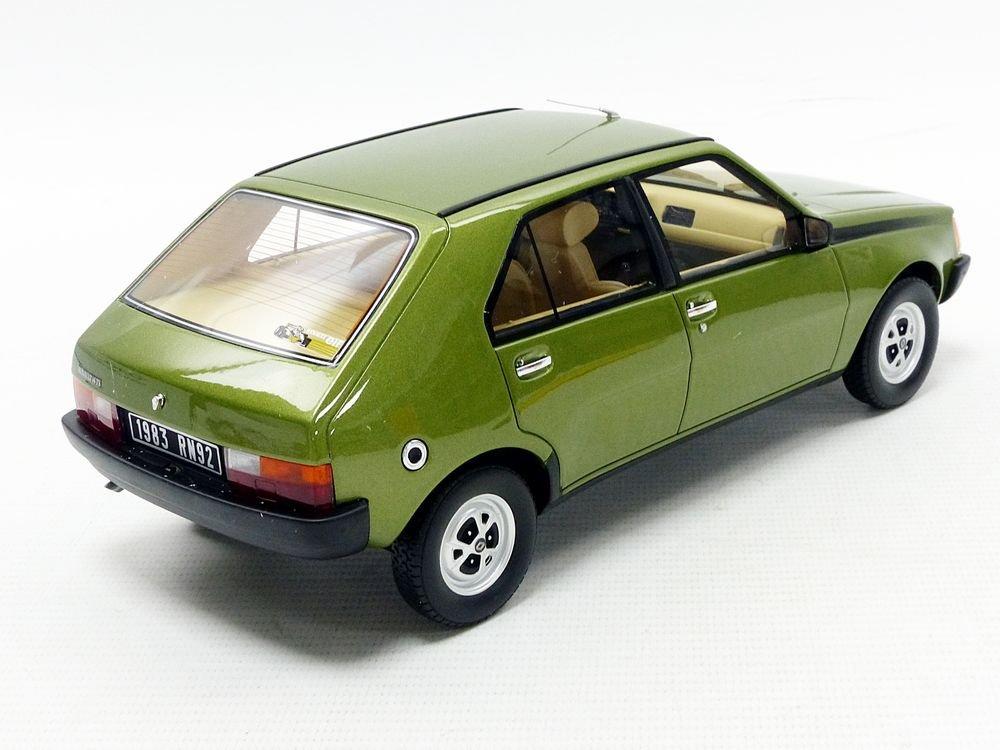OT712 Otto Mobile Miniature Voiture Renault 14 TS 1983 Echelle 1//18 Vert m/étal