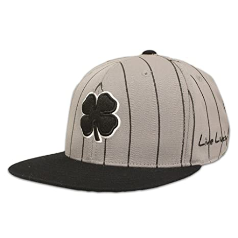 bfd395ff8f8 Amazon.com   Black Clover Flat Lucky Stripe Golf Cap   Sports   Outdoors