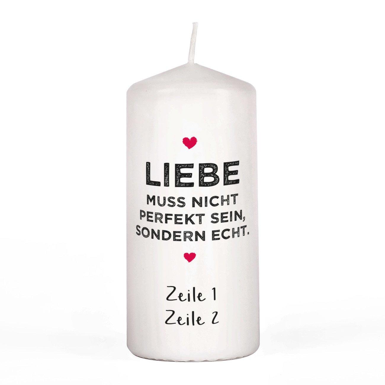 Herz & Heim® Kerze für Verliebte - Liebe muss Nicht perfekt Sein, sondern echt. - mit euren Wunschzeilen unter dem Motiv Herz & Heim®