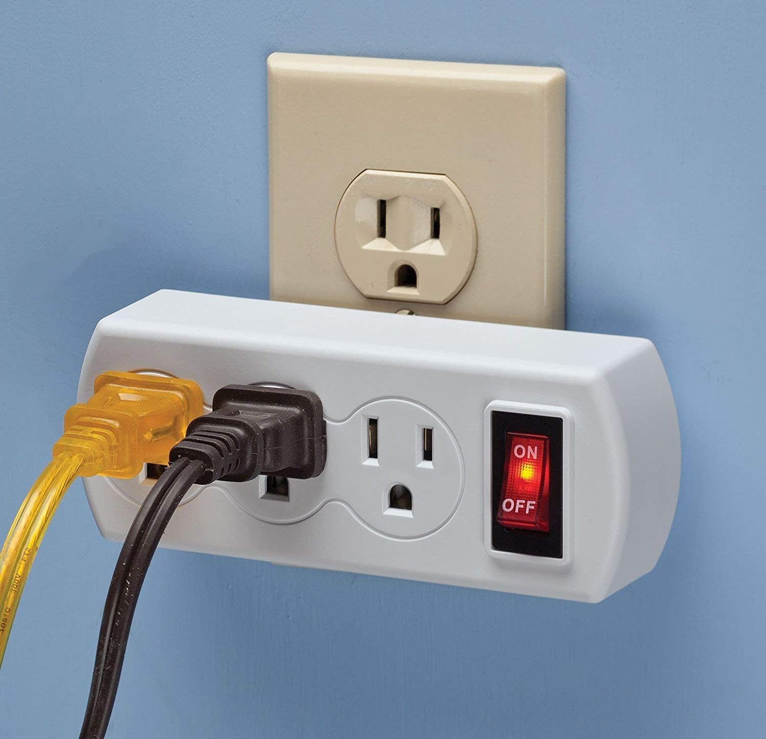 Triple Plug Outlet Adapter with On//Off Switch