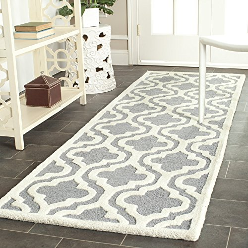 Safavieh Cambridge Collection CAM132D Handcrafted Moroccan Geometric Silver and Ivory Premium Wool Runner (2'6