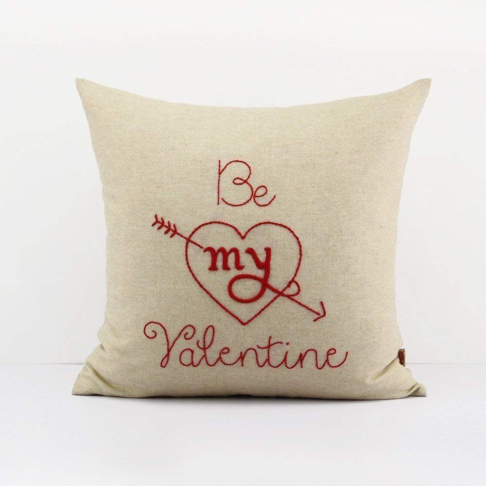 Amazon Com Valentine Pillow Heart Throw Pillow Accent Pillow Love Decorative Cushion Cover Wedding Gift Heart Fluffy Pillow Case Valentine S Day Couples Gifts Couples Pillow Cases 18 X 18 Handmade
