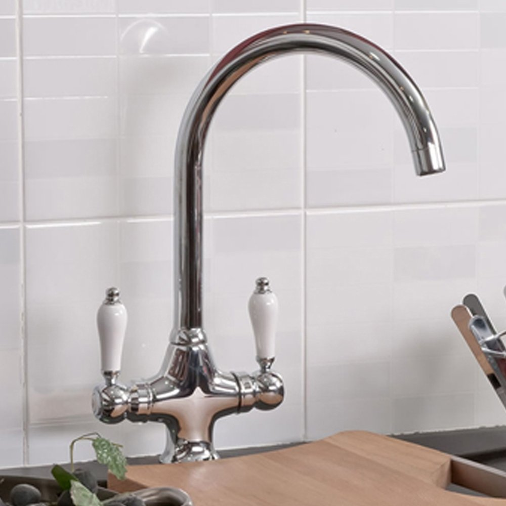 Luxury Chrome Swivel Spout Kitchen Tap Traditional Sink Monobloc ...