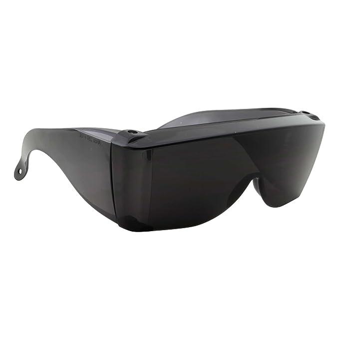 Amazon.com: Cover-Ups - Gafas de sol para personas que usan ...