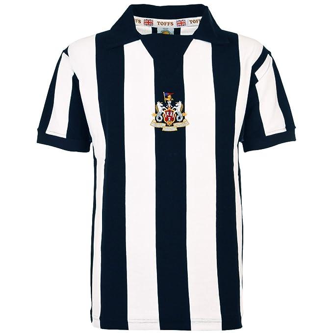 3c219b01a27b Toffs Newcastle United 1975-1977 Retro Football Shirt  Amazon.co.uk  Sports    Outdoors