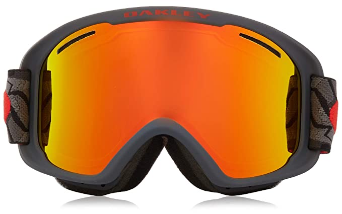 f1d2160161 Amazon.com   Oakley O-Frame 2.0 XM Adult Snowmobile Goggles - Camo Vine  Night Fire Iridium Medium   Sports   Outdoors