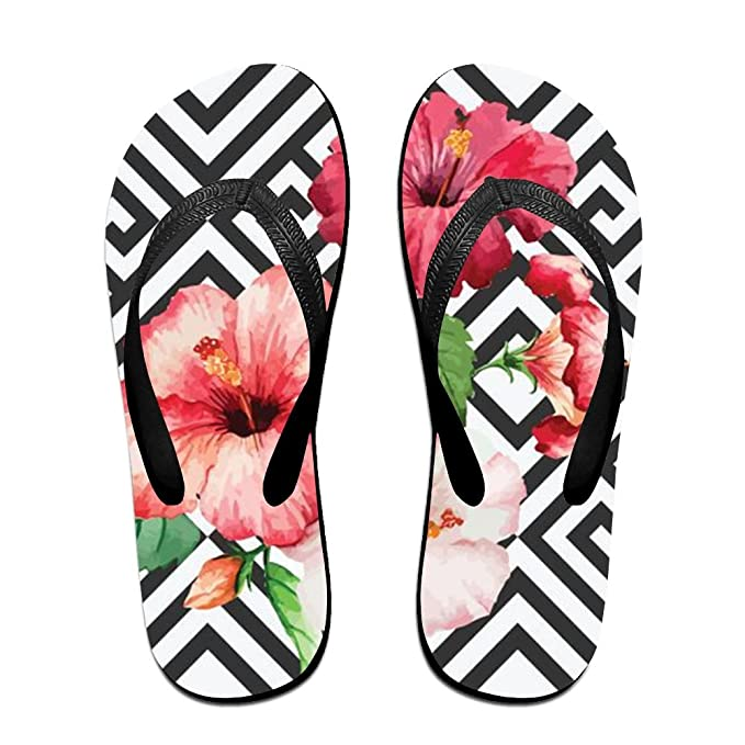 1f2d9195ae49 Amazon.com  Stylish Lightweight Women s Men s Personalized Beach Flip Flops  Flowers Beach Slippers  Clothing