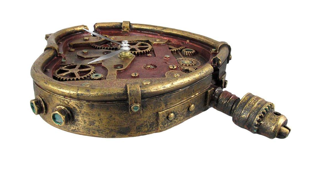 Steampunk Wall Clock Heart Pierced Cupid Gearwork Painted Resin [Toy]
