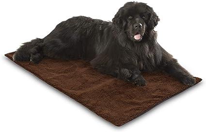 incluye pa/ño de microfibra para limpiar las patas autocalefactable y aislante largo | 140 x 80 cm Bella /& Balu Manta t/érmica para mascotas con funda suave para perros y gatos