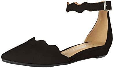 2a29dbb365edc CL by Chinese Laundry Women s Studio Pointed Toe Two Piece Flat