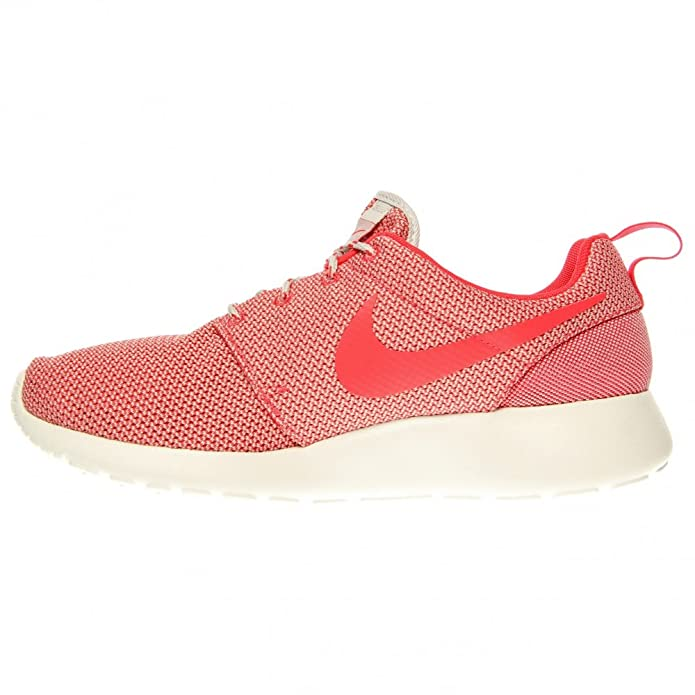 96671f4ecfa2 Nike Women s Roshe Run Light Base Grey Summit White Volt Geranium 11 B -  Medium  Buy Online at Low Prices in India - Amazon.in