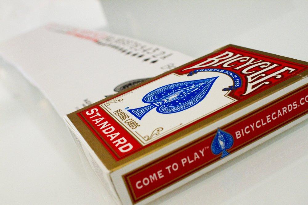 4 Barajas de cartas de la bicicleta (2 x azul rojo y 2 x) 4 Decks of Bicycle Playing Cards (2 x Red & 2 x Blue)