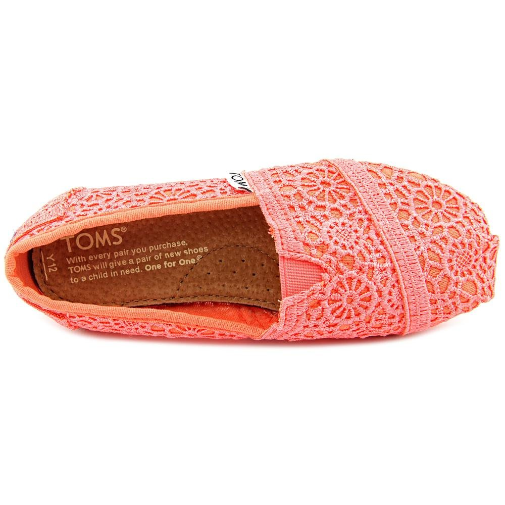 Amazon.com | Toms Youth Coral Crochet Yt Clsc Alprg 10001855 (13, CORAL CROCHET YT CLSC ALPRG) | Sneakers