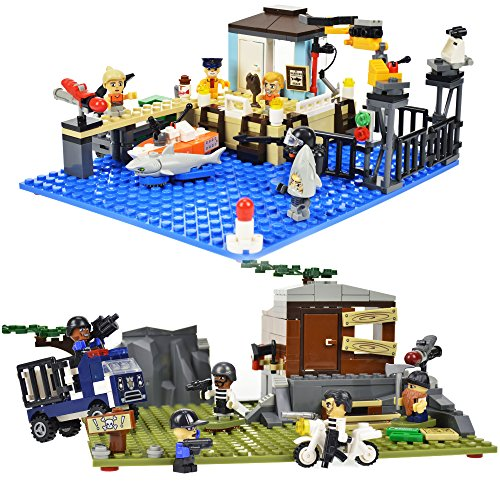Alien Invasion Set (KRE-O CityVille Invasion Value 2 Pack, Includes Marina Madness Set and Dr. Mayhem Hideout)