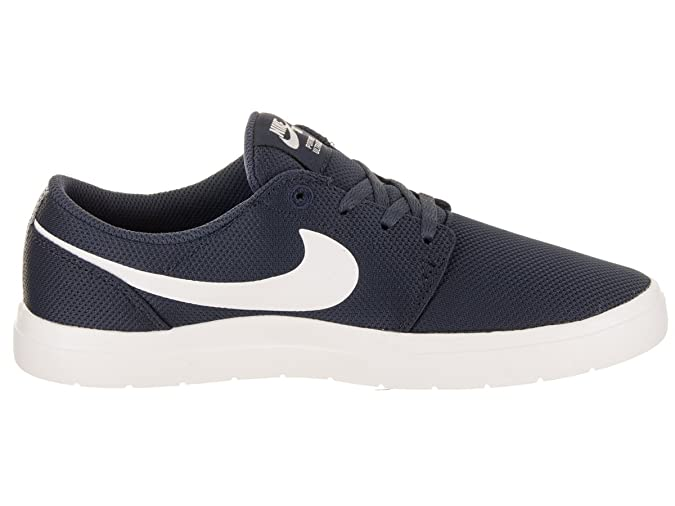 Amazon.com | Nike Kids Portmore II Ultralight (GS) Skate Shoe | Skateboarding
