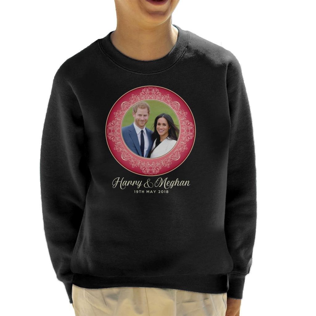 Coto7 Red Harry and Meghan Royal Wedding Decorative Plate Kid's Sweatshirt