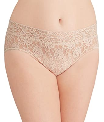 aa665a19d8f Hanky Panky Women's Plus Size Signature Lace French Brief: Amazon.in:  Clothing & Accessories