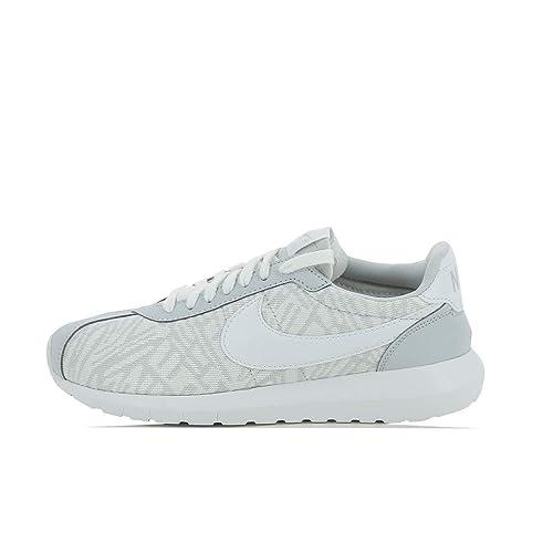289c9ffb724c Nike Womens Roshe Run Running Shoes (White Platinum)7.5 US