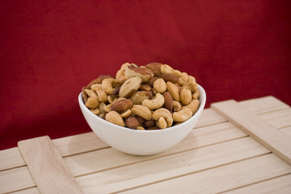 Deluxe Special Mixed Nuts (10 Pound Case) (Unsalted)