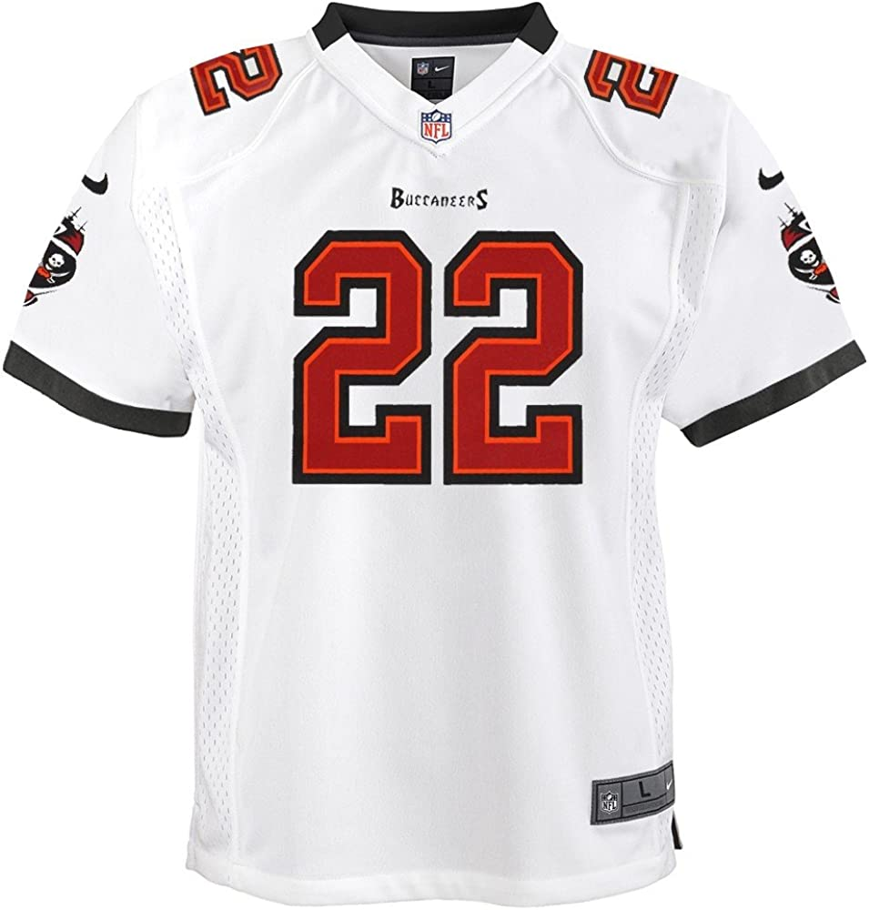 amazon com nike doug martin tampa bay buccaneers away white game jersey youth s xl clothing nike doug martin tampa bay buccaneers