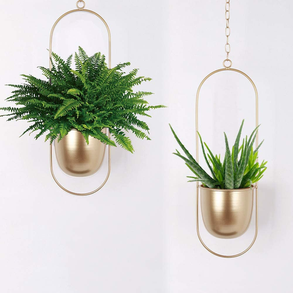 Amazon Com Sinolodo Boho Wall Hanging Planter Metal Hanging Flower Pots Window Hanging Plant Holder For Indoor Outdoor Plants Home Office Decor 2pcs Gold Oval Garden Outdoor
