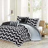Intelligent Design Nadia Comforter Set, Full/Queen, Black