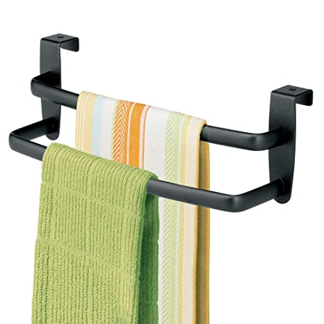 mDesign Soporte para toallas y repasadores -Toallero para cocina colgante - Accesorio para armario,