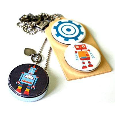 Robot Locket Necklace for Boy or Girl - Magnetic With 3 Interchangeable Lids - Holds a Picture Inside