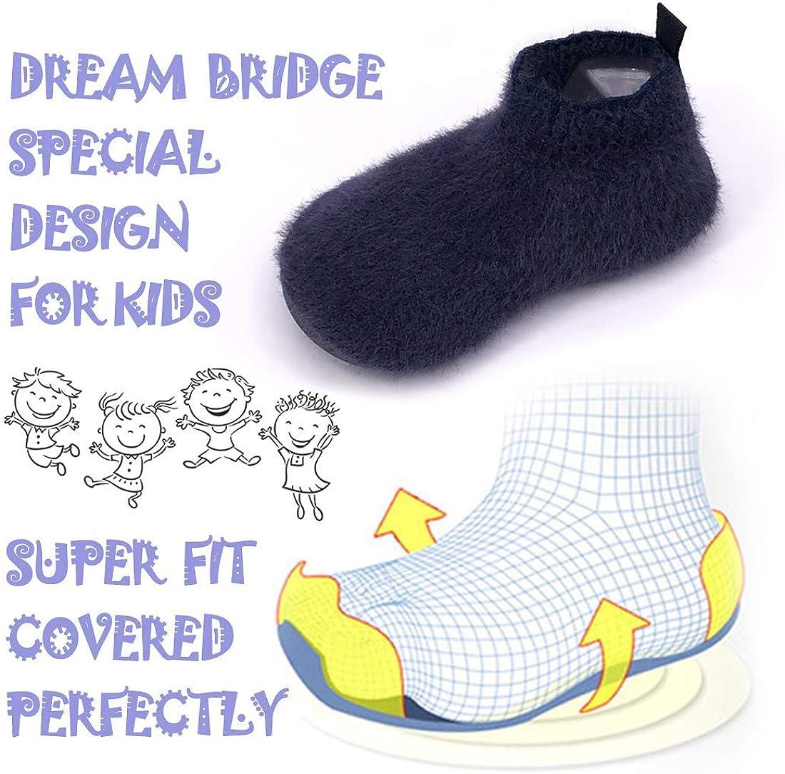 Dream Bridge Chaussons Maison pour Enfants Chaussettes Antid/érapantes pour Gar/çons Chaussures de Sport avec Semelle en Caoutchouc