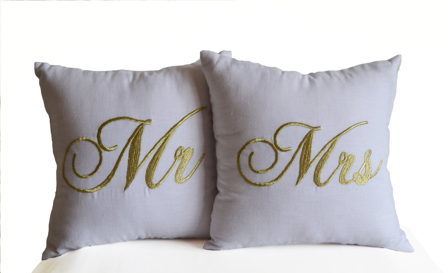 Amore Beaute手作りカスタマイズ可能なMr Mrs Couple Love刺繍枕カバー装飾投げ枕Cases結婚記念日新築祝いギフトの2つのセット(枕カバー) 14x24 Inches ホワイト wht-linen-gold-embrdry-Mr_Mrs 14x24 Inches  B011ZTKXSI