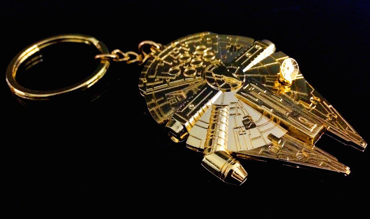 QMX Star Wars Gold Millennium Falcon Metal Replica Key Chain