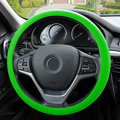 (FH Group FH3001 Silicone Steering Wheel Cover w. Snake Pattern comes w. Free Airfreshener, Green Color-Fit Most Car, Truck, Suv, or Van)