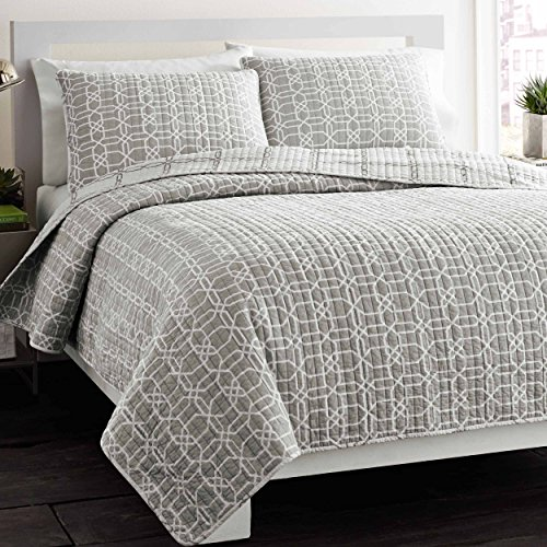 - City Scene Puzzle Grey Quilt/Sham Set, Grey, King