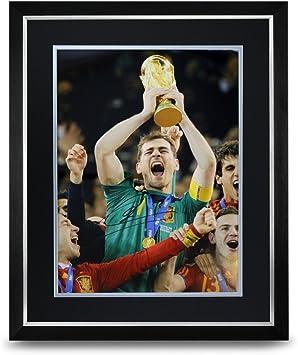 Iker Casillas foto firmada grande enmarcado pantalla España autógrafo Memorabilia COA: Amazon.es: Deportes y aire libre
