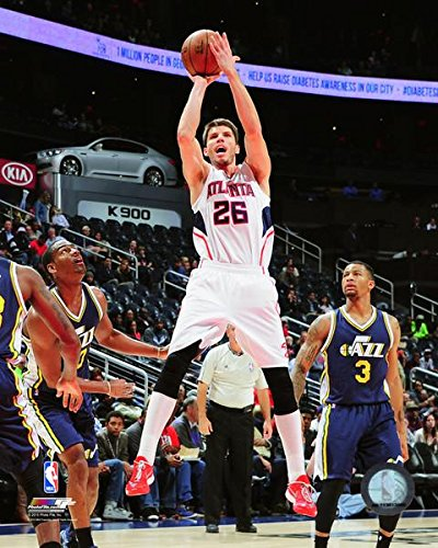 Kyle Korver Atlanta Hawks NBA Action Photo (Size: 11